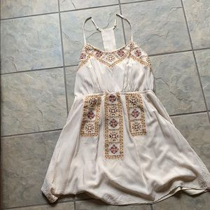 Pretty dress. Barely worn.